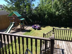 Beautifully well maintained 4 bdrm house