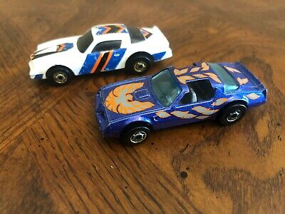Hot Wheels Hot bird and Camaro (from double barrel set)