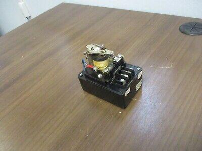 Zenith Voltage Sensing Relay K-1055 120v 60hz Used
