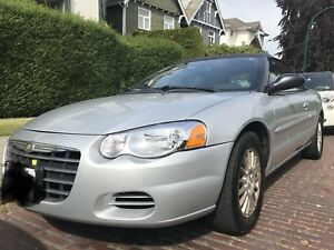 A beautiful 2005 Chrysler Sebring convertible  - 120,000km