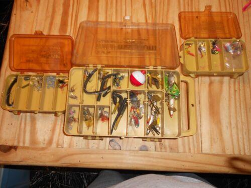 fishing gear used   (( lot ))