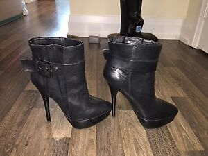High heel boots - size 5