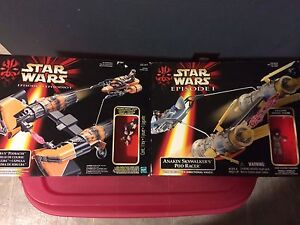 Star Wars Anakin Skywalker and Sebulba's Pod Racers