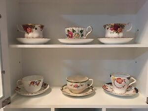 Teacups and Saucers for Sale