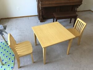 Solid maple wood kids desk and chairs
