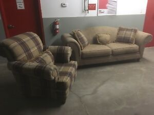 Matching Couch & Chair + *****Free Delivery****
