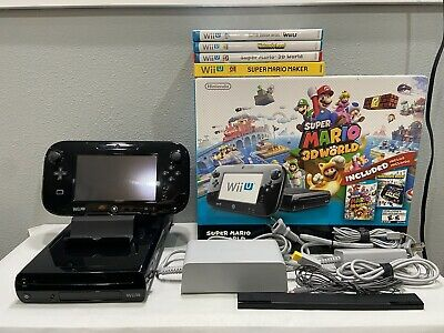 Nintendo Wii U Super Mario 3D World Deluxe Set 32GB Black Console w/4 Games