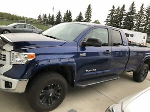 2014 Toyota Tundra sr5 long box