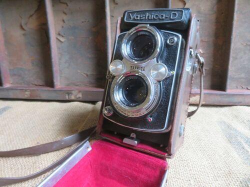 Vintage Yashica-D Film Camera with Copal-MXV 3.5 80 mm Lens & Original Case