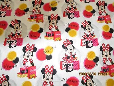 (MINNIE MOUSE LOVES TO SHOP  100%  COTTON  NEW VERY CUTE 1  YARD  NEW  DESIGN)
