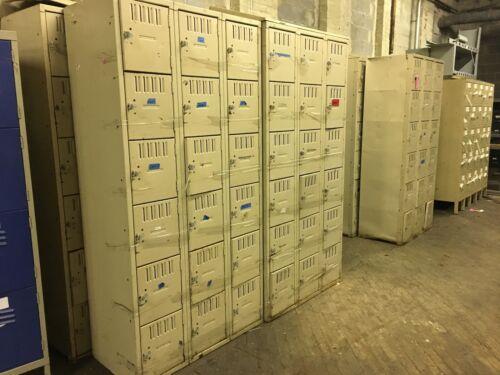18 Locker Bank