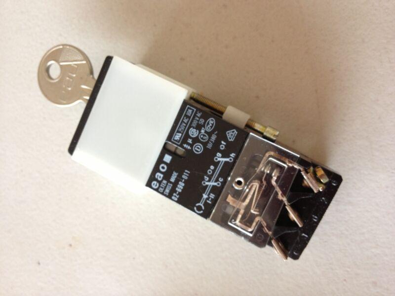 02-690-011 Olten Switch with YB1 Key