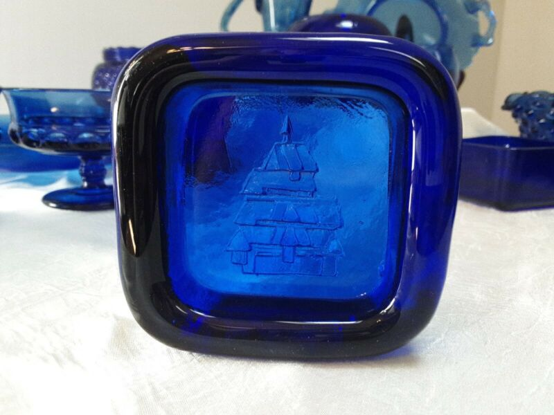 Vintage Cobalt Blue Depression Glass Castle Paperweight/Trinket Dish 3 1/2""