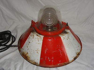 ALTE SCHWERE SIEMENS ROLLBAHNBEFEUERUNG FLUGFELD BELEUCHTUNG ROLLBAHN LAMPE