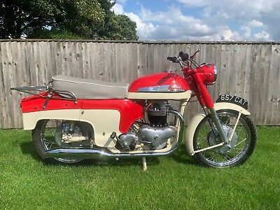 Norton Dominator Model 99 Deluxe, 1960, 600cc, Mint Collectors Bike, 92k Miles.