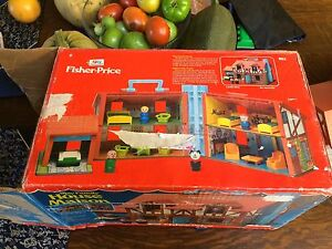 Vintage Fisher Price Little People House in Original Box Strathcona County Edmonton Area image 2