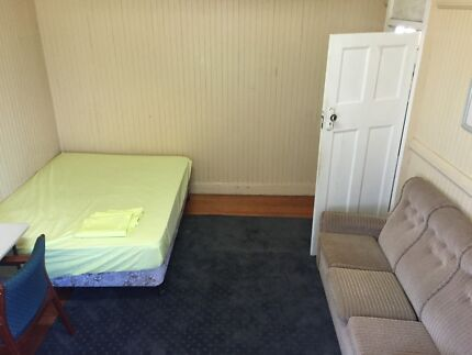 Looking for a new house mate in our furnished Coorparoo house Coorparoo Brisbane South East Preview