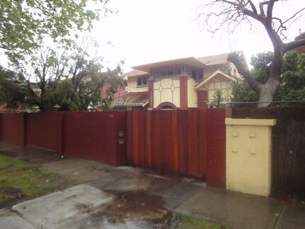 Rooming House on Dandenong Rd