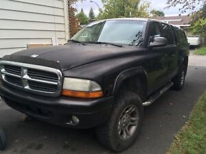 Dodge dakota 4 portes bien lire  2004