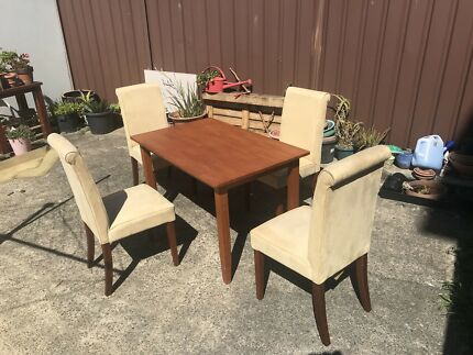 Fantastic Furniture Dining set   Table and 4 chairs. Fantastic furniture coffee table   Coffee Tables   Gumtree