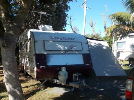 17ft caravan with attached awning Kyogle Kyogle Area Preview