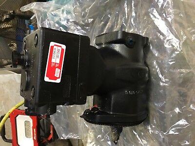 John Deere Re250671 Air Compressor