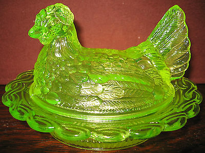 Vaseline glass hen chicken on nest basket dish rooster candy butter uranium art