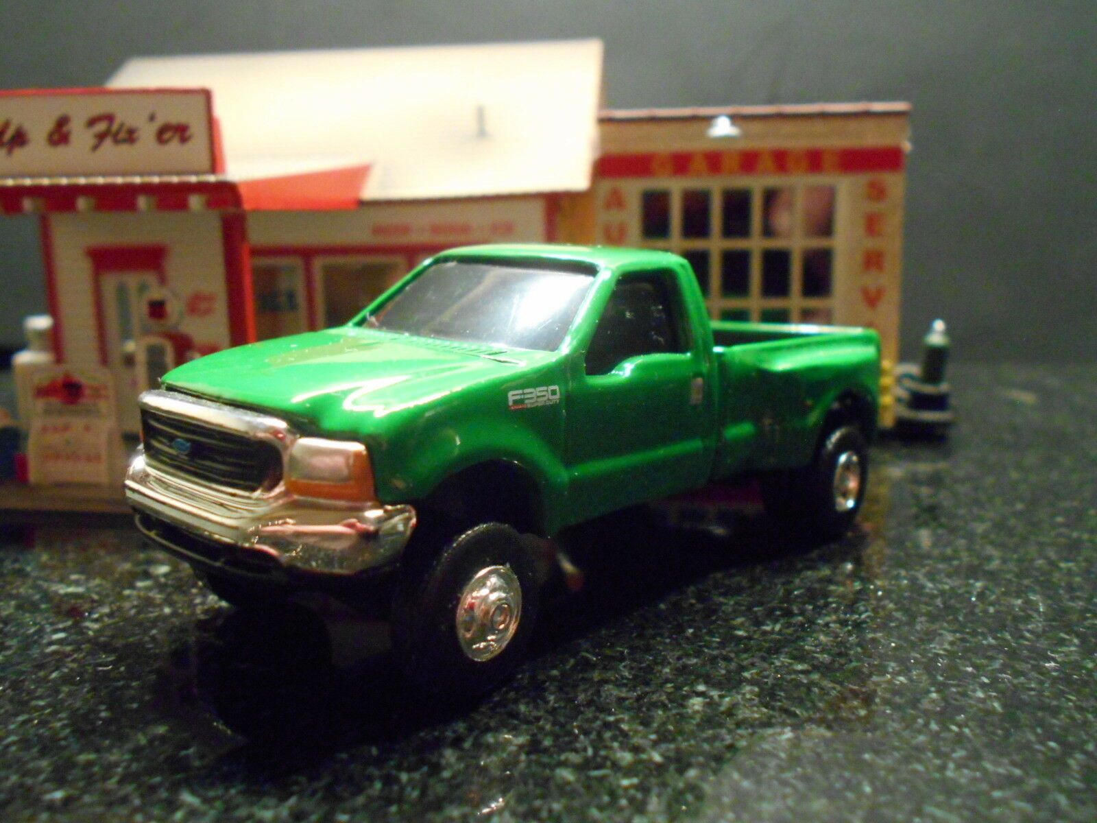 2004 Ford Green F350 Dually Pickup 1/64 Scale Limited Edition See Photos Below