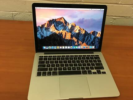 "Mac Book Pro 13.3"" Slimline with Intel Core i5 -2.4 Ghz /8 GB RAM"