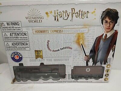 Lionel Trains Harry Potter Hogwarts Express Ready-to-Play Train Set Damaged Box
