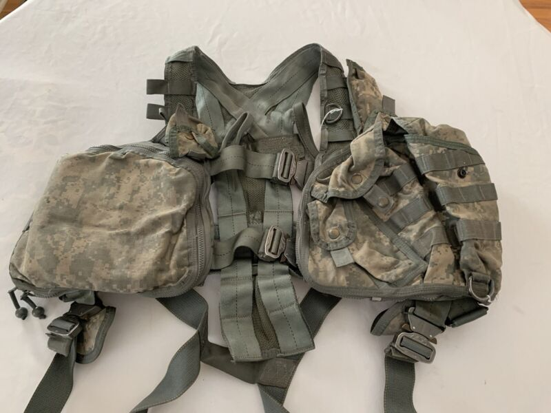 Air Warrior Survival Vest Used size adjustable with extraction harness