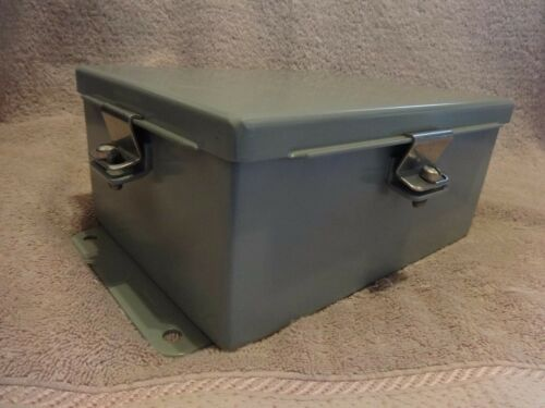 Hoffman Junction Box Enclosure  A806ch  8 X 6 X 3.5 Inch New