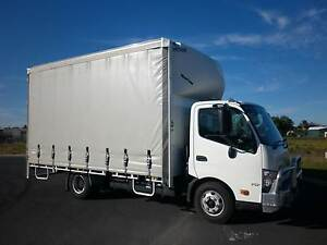 HINO 717, 6 PALLET CURTAIN SIDE, 2012 Glen Iris Bunbury Area Preview