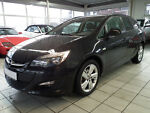 Opel Astra J Sports Tourer 1.4 Edition/Autom/SHZ/Alu