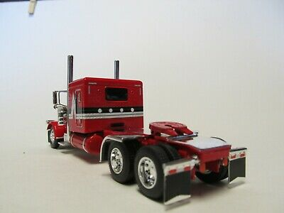 DCP FIRST GEAR 1/64 SCALE 389 PETERBILT FLAT TOP, RED WITH BLACK & SILVER STRIPE 4