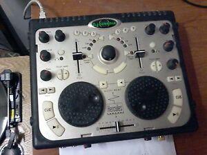 hercules dj console 50$