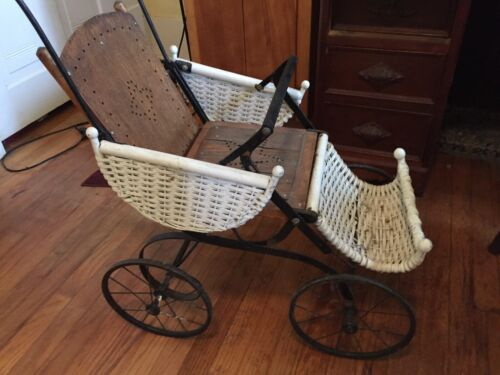 Antique Child   Baby Carriage  Buggy Pram Wicker Stroller