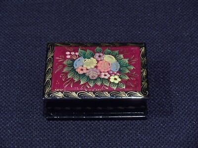 RUSSIAN HAND PAINTED FLORAL TABLE TOP LACQUERED BOX