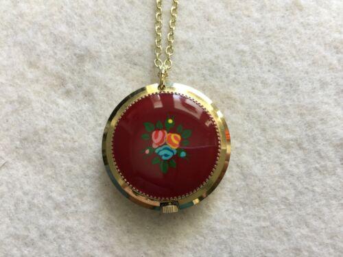 Lady De Luxe 17 Jewels Vintage Wind Up Necklace Pendant Watch