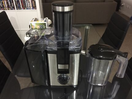 Luvelo Stainless Steel Fruit & Vegetable Juicer - 1000w Wolli Creek Rockdale Area Preview