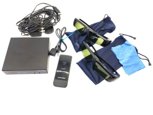 Mitsubish 3DC-1000 with emitter, accessories & 2 pairs of glasses!