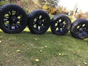 Toyo mt and fuel wheels