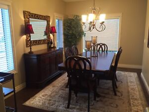 7pce Dining Room Set plus Side Server