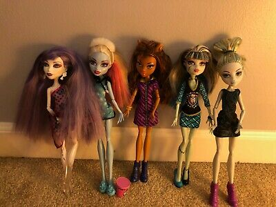 Monster High Main Characters (Monster high doll lot-Main characters)