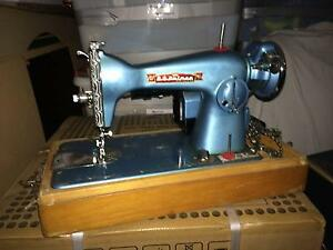 Antique Sewing Machine Boondall Brisbane North East Preview