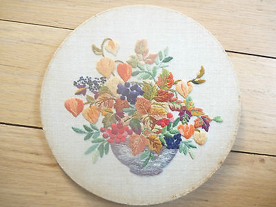 ART DECO style  FLORAL  EMBROIDERY stump work    BEAUTIFUL DETAIL 165 mm diam