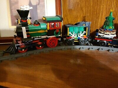 Lego Creator Winter Holiday Train set# 10254