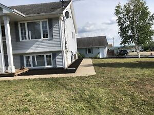 ****3 BEDROOM DUPLEX FOR RENT.AVAILABLE SEPT 1st****