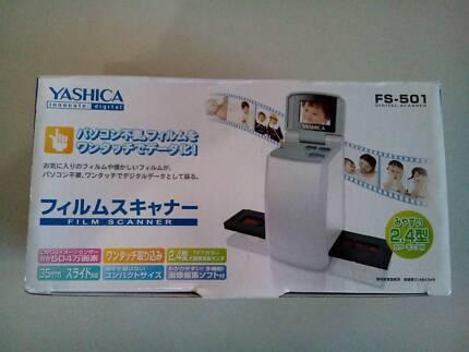 NEW Yashica 35mm Film & Slide Scanner 2.4 LCD 5 Megapixels Japan Guildford Swan Area Preview