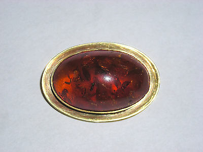 Vintage 14K Yellow Gold Brooch Pin Set with Amazing Piece of Real Amber Polished